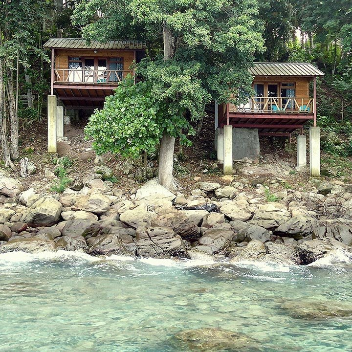 Treetop accommodation Pulau Weh · Koimakoi · Serena Perrotta · Graphic, web design & photography